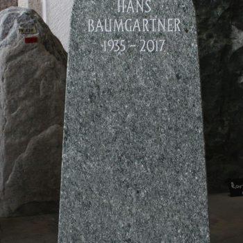 Schlichter Grabstein004